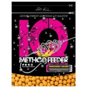 LK Baits Boilie IQ Method Feeder 600 g 10/12 mm-pikantní broskev